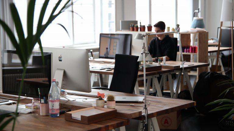 Should I Hire a Content Marketing Agency?